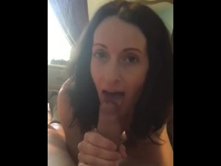 girls want to fuck so they show their nude pussys