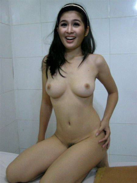 milf home pictures